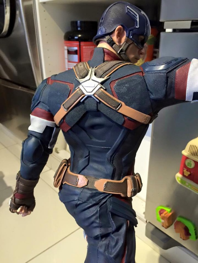 IRON STUDIOS: CAPTAIN AMERICA AVENGERS AGE OF ULTRON LEGACY 1/4 SCALE - Page 4 0411