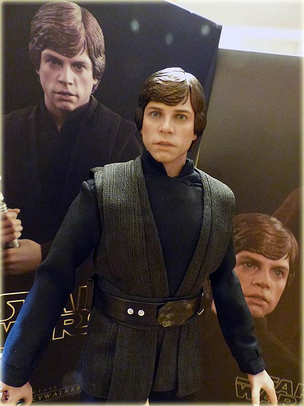 MMS429: Star wars - RETURN OF THE JEDI : Luke Skywalker - Page 2 Salon195