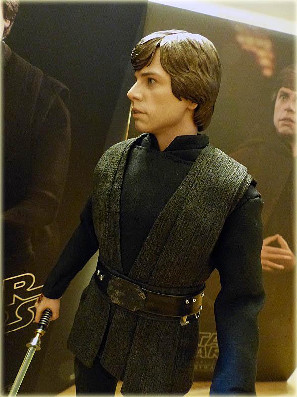 MMS429: Star wars - RETURN OF THE JEDI : Luke Skywalker - Page 2 Salon200