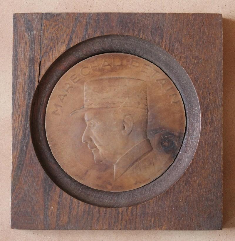Portrait Pétain sur bois - ESC 1 Vendu Img_0242