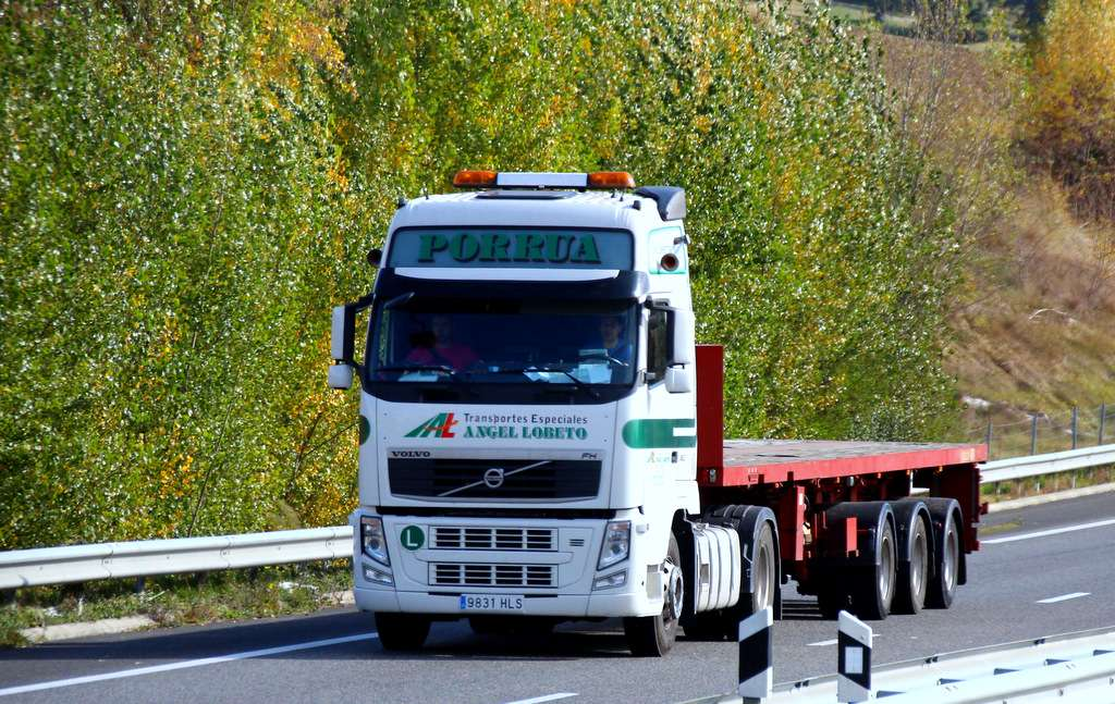 Angel Lobeto Transportes Especiales  (Ribadesella) Img_9110