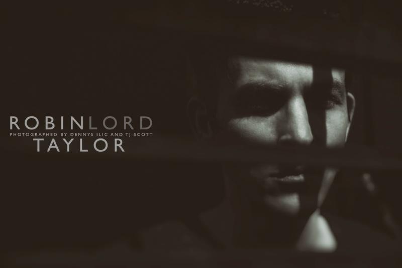Robin Lord Taylor - Oswald Cobblepot _ip_5710