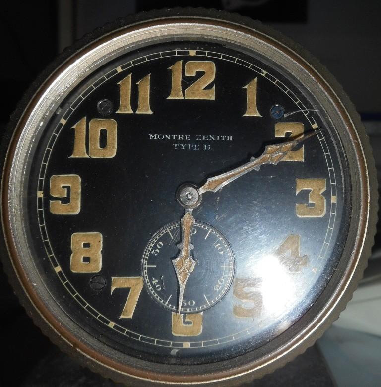 Les montres d'aéronef Type 20 de Zenith  Rscn2010