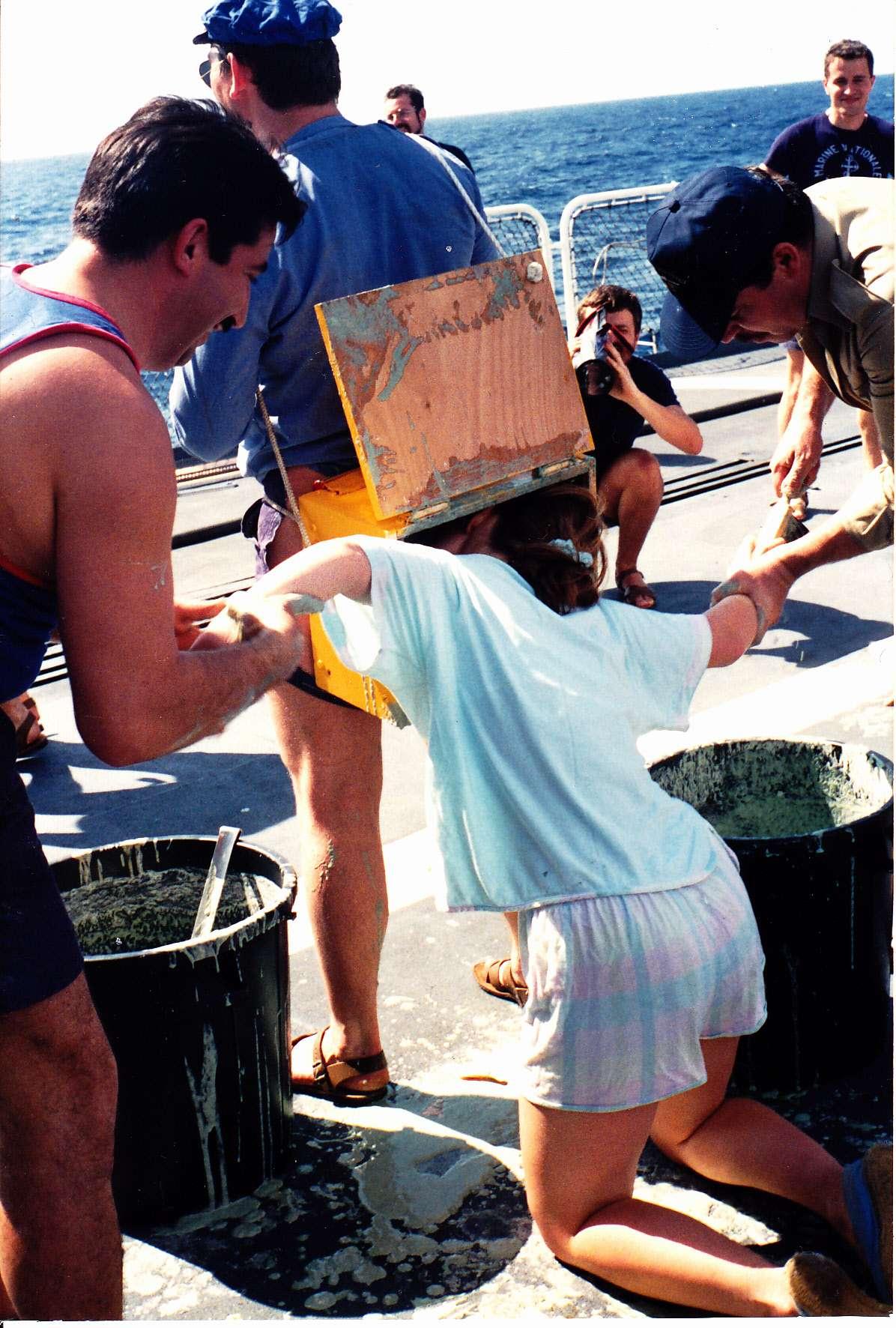 [Les traditions dans la Marine] Tradition et festivités mais aussi autres occupations à bord Img12