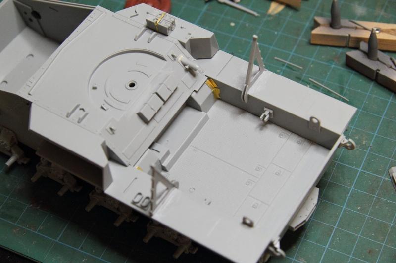 Sd.Kfz. 165 Hummel (1/35° Dragon + amélioration) [montage en cours] 10002310