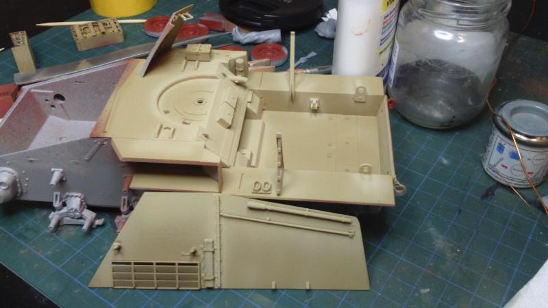 Sd.Kfz. 165 Hummel (1/35° Dragon + amélioration) [montage en cours] Dsc_0217