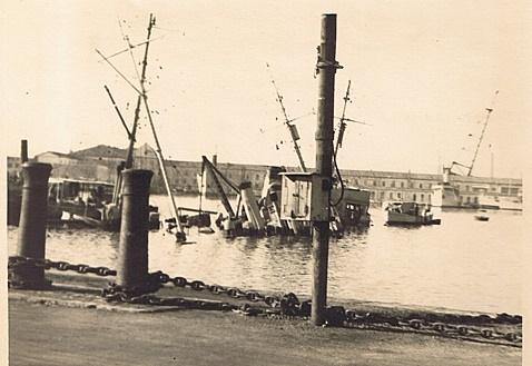 Sabordage de Toulon en photos - Page 2 1942_151