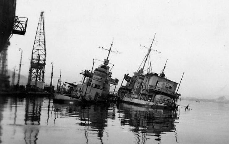 Sabordage de Toulon en photos - Page 2 1942_153