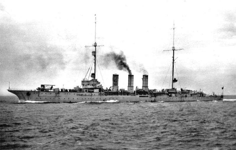 Croiseurs italiens Ancona12