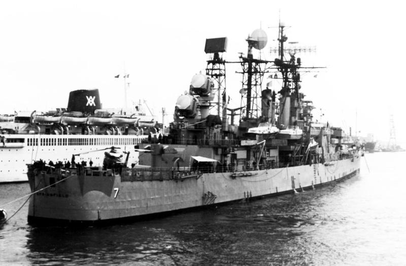 Croiseurs américains - Page 2 Clg7_e12