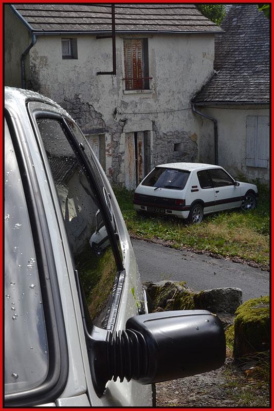 [GTI1800] 205 GTI 1L9 Blanc Meije AM88  - Page 3 Dsc_0211