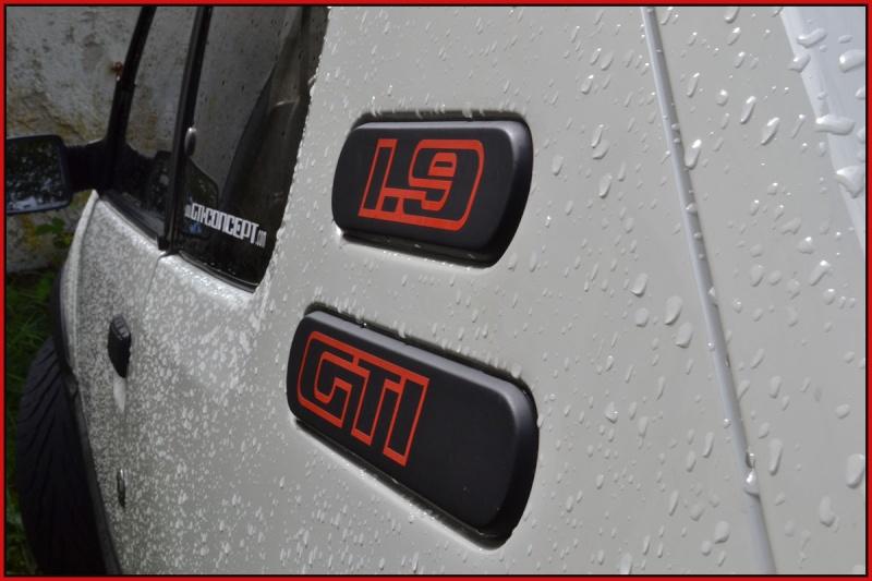 [GTI1800] 205 GTI 1L9 Blanc Meije AM88  - Page 3 Dsc_0212