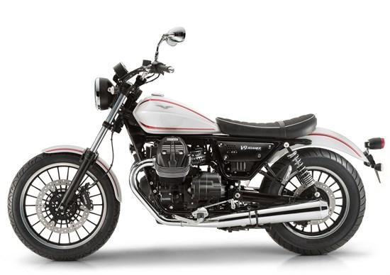 Moto Guzzi V9 Moto-g11