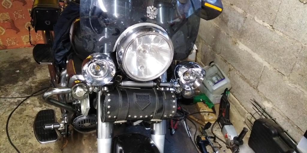 phares additionnels sur Aquila  Img_2320