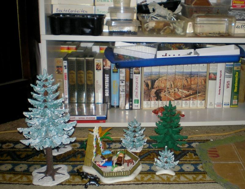 Weihnachtswelt mit PLAYMOBIL-Figuren und -Zubehör 003b2_10