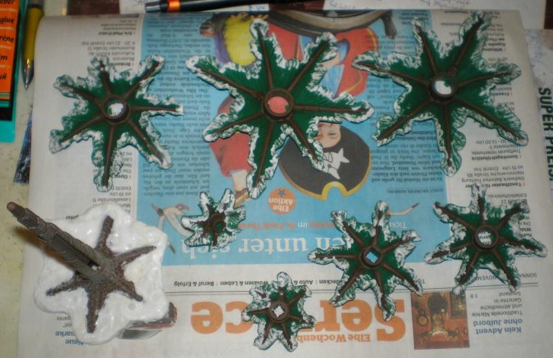Weihnachtswelt mit PLAYMOBIL-Figuren und -Zubehör 003c4a10