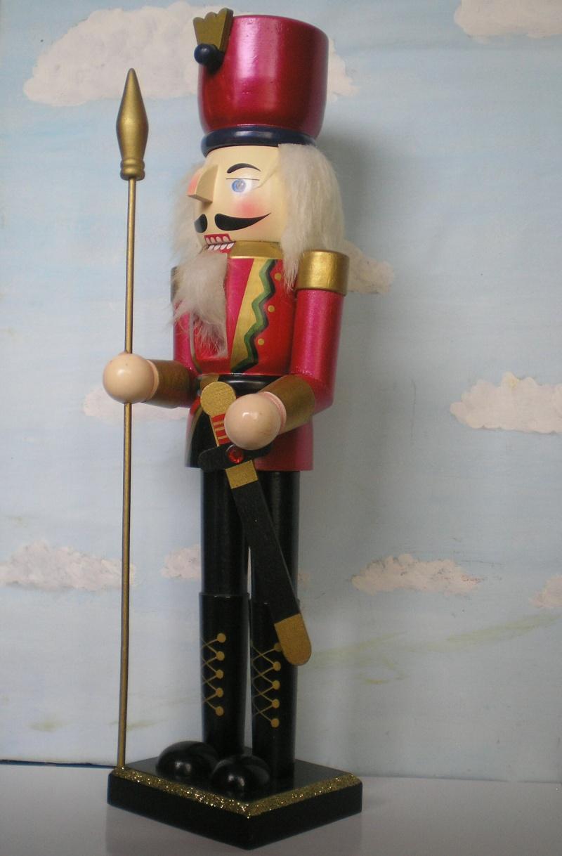 Figuren zur Weihnachtsdekoration - meine Sammlung, Restaurierungen & Bemalungen Nusskn10