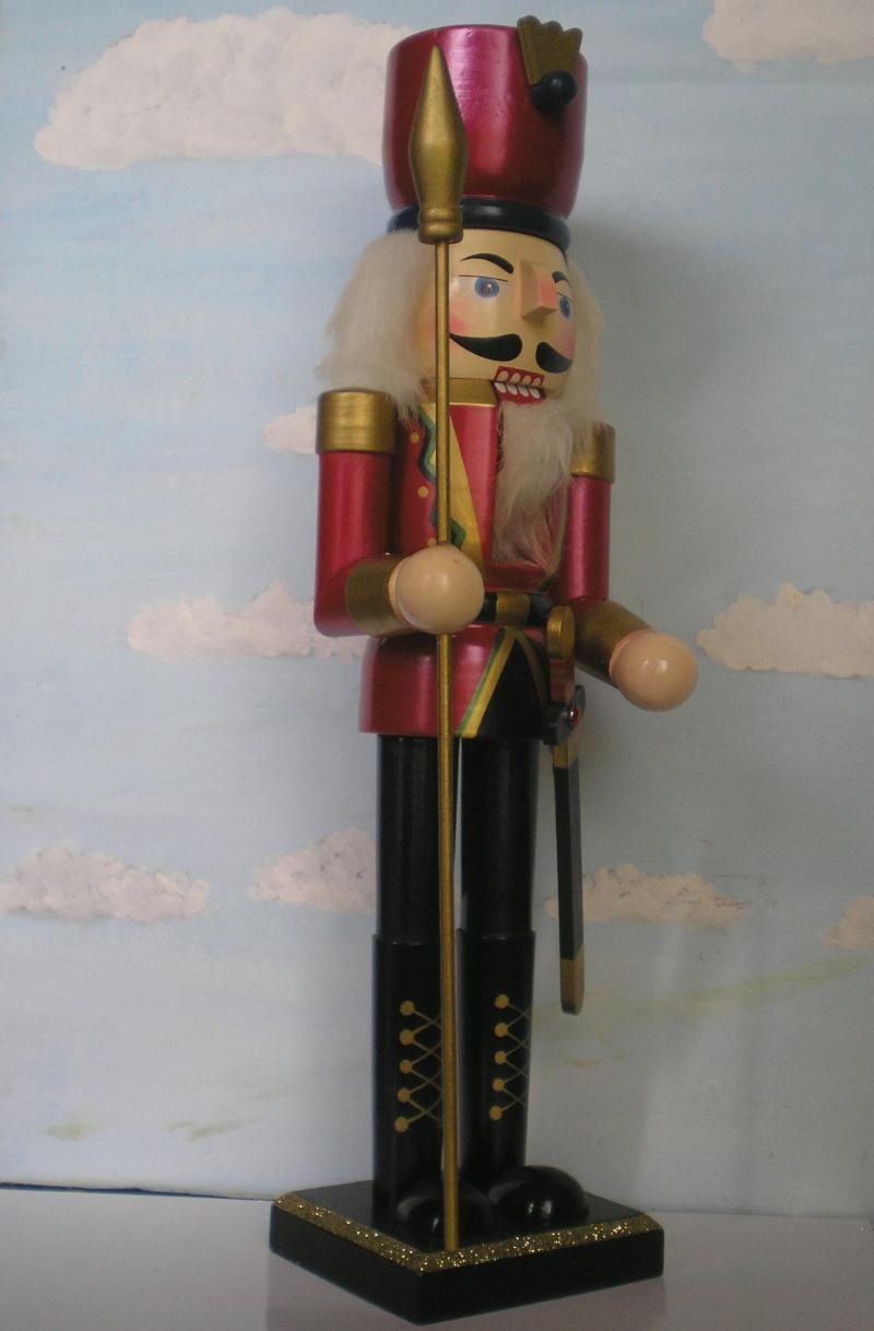 Figuren zur Weihnachtsdekoration - meine Sammlung, Restaurierungen & Bemalungen Nusskn12