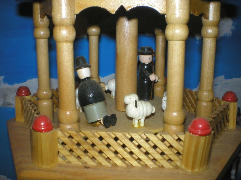Figuren zur Weihnachtsdekoration - meine Sammlung, Restaurierungen & Bemalungen Weihna33