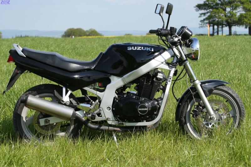 GS500 H2 moto Suzuki10