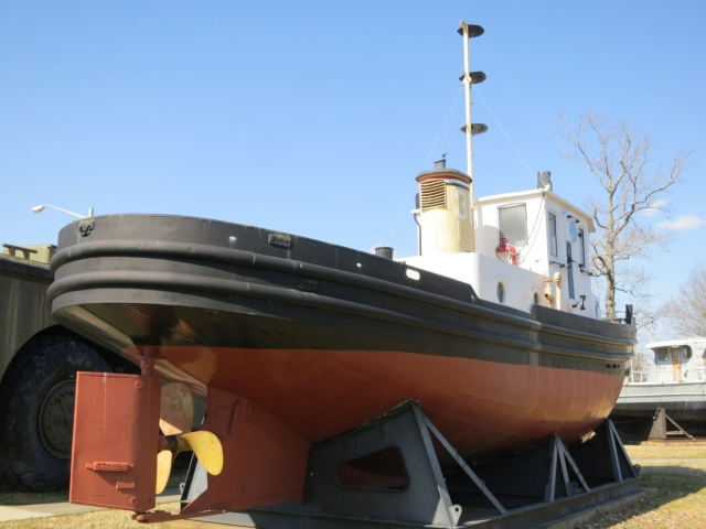 US Army & Navy 45ft Tug Img_3210