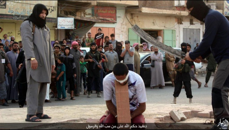 """IS: """"Nhà nước Hồi giáo"""" tự xưng - Page 7 Drones10"""