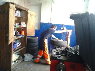 Ремонт грузовых авто 410