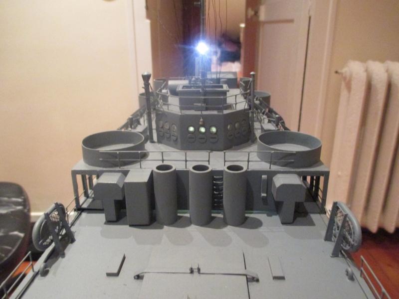 lannding ship tank au 1/100 éme navigant Img_0317