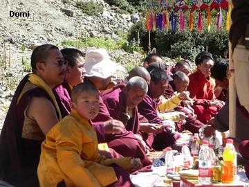 La Chine sac au dos (35) Aux confins du Tibet (西藏): Sichuan (四川) Rencontre festive avec un jeune Lama (喇嘛)    Lama_116