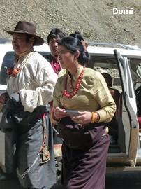 La Chine sac au dos (35) Aux confins du Tibet (西藏): Sichuan (四川) Rencontre festive avec un jeune Lama (喇嘛)    Lama_119