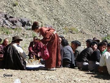 La Chine sac au dos (35) Aux confins du Tibet (西藏): Sichuan (四川) Rencontre festive avec un jeune Lama (喇嘛)    Lama_120