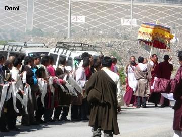 La Chine sac au dos (35) Aux confins du Tibet (西藏): Sichuan (四川) Rencontre festive avec un jeune Lama (喇嘛)    Lama_410