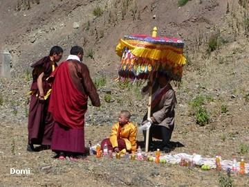 La Chine sac au dos (35) Aux confins du Tibet (西藏): Sichuan (四川) Rencontre festive avec un jeune Lama (喇嘛)    Lama_810
