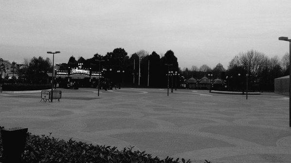 Les parcs de Disneyland Paris fermés du 14  au 17 novembre 2015 inclus - Page 6 Ctylii10
