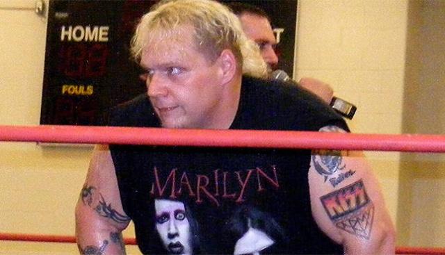 [Divers] Décès d'une ex-star de la ECW Axl-ro10