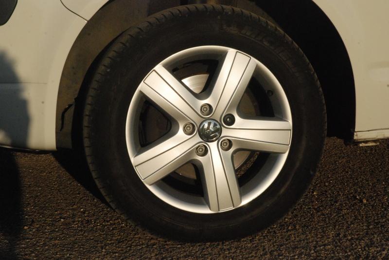 1 roue en 16 pneu Michelin  13040710