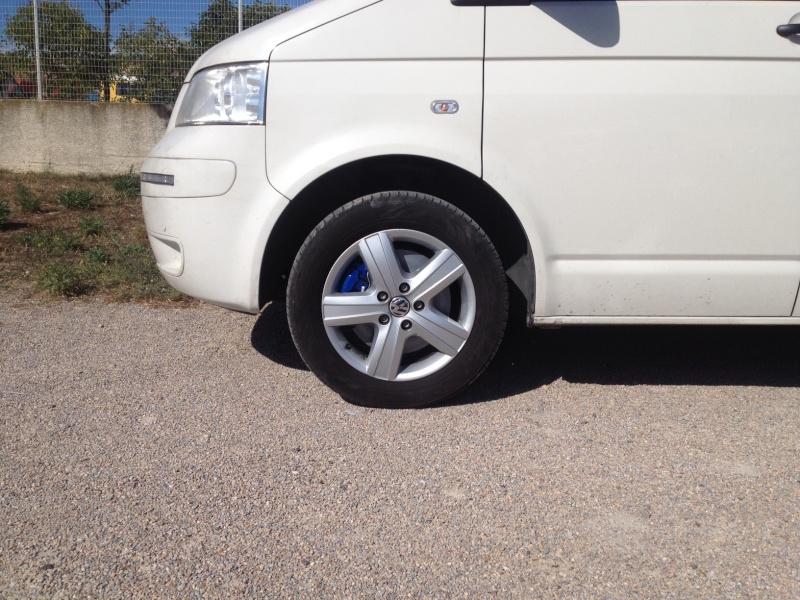 1 roue en 16 pneu Michelin  Img_2112