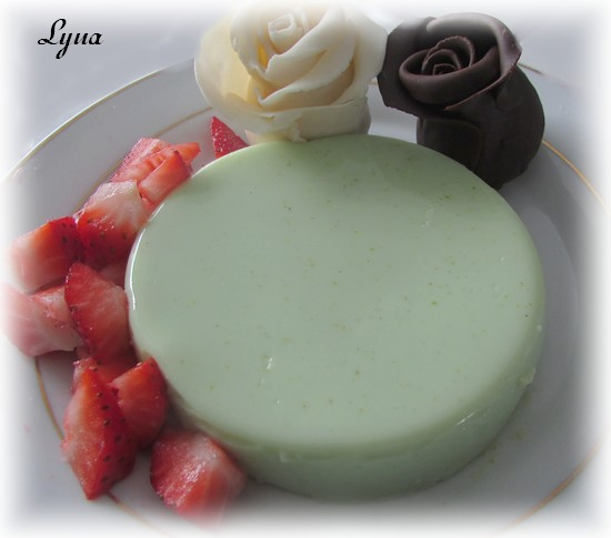 Panna cotta à la pistache et au chocolat blanc Panna_10