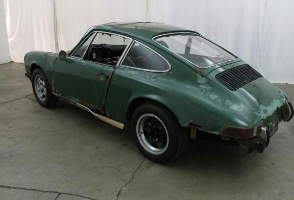 Photos de Porsche à restaurer - Page 5 2015-113