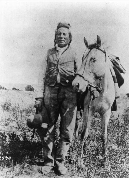 Curley, réputé pour être le seul survivant coté US de la bataille de Little Big Horn 6b9e0510