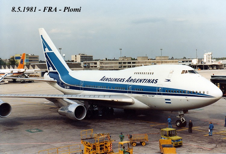 747 in FRA - Page 10 19810512