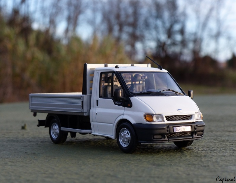 FORD P1020053