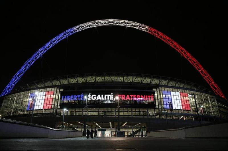 que se passe t-il à Paris en marge du match France-Allemagne? MULTIPLES EXPLOSIONS SIGNALEES. Attentat? - Page 4 82744910