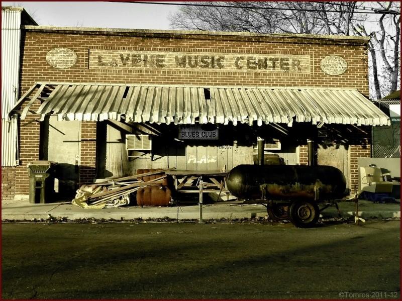 Le blues authentique dans les juke-joints du delta du Mississippi aux États-Unis 88031410