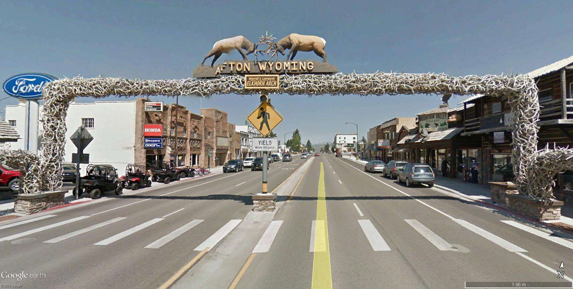 Le plus grand arc en bois de Wapiti au monde, Afton, Wyoming - États-Unis Elkhor11