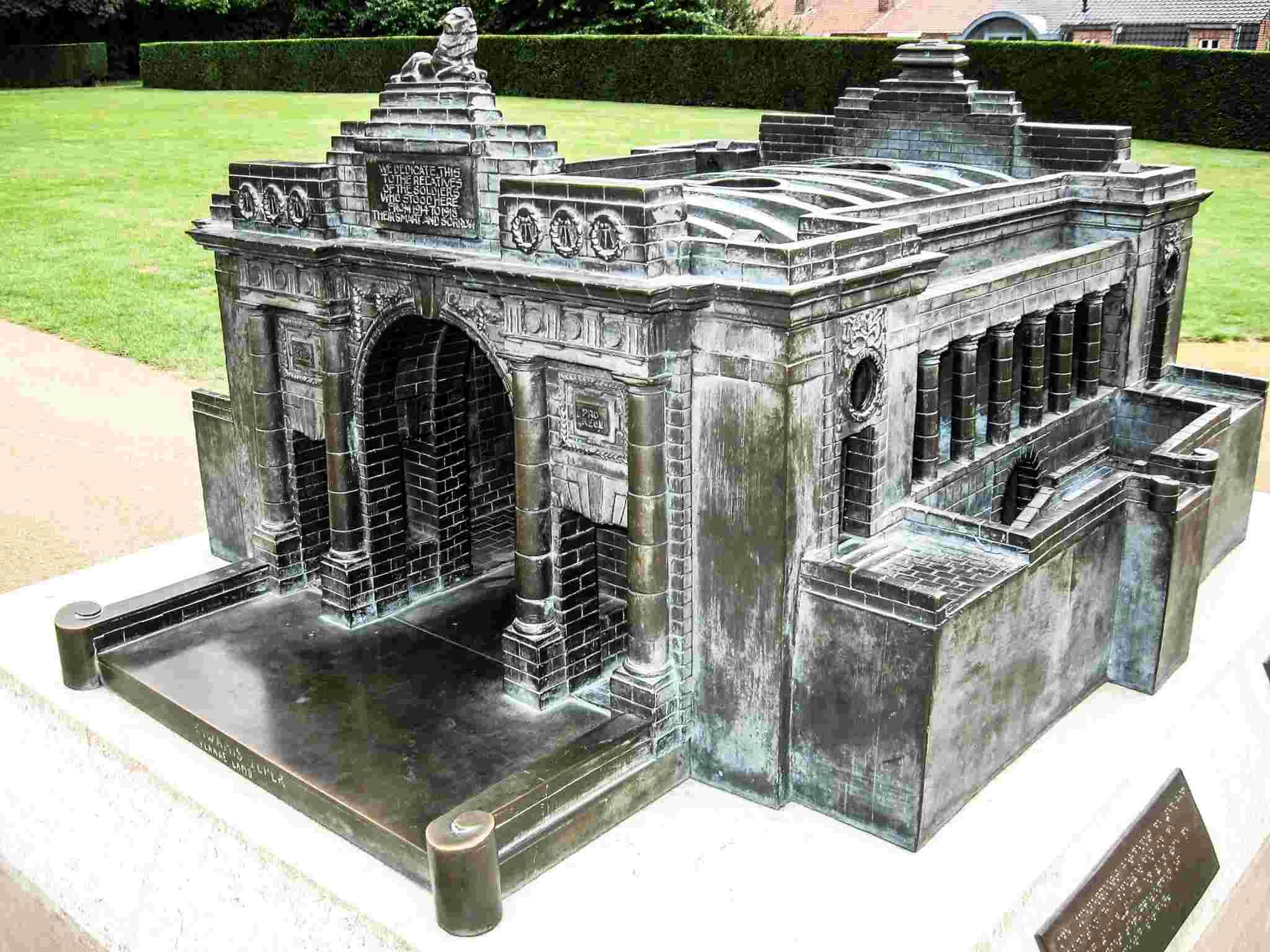 Miniatures des monuments de Flandre - Belgique Img_0315