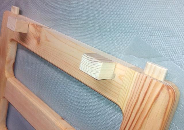 Table basse en bois de récup' - Page 2 Assemb10
