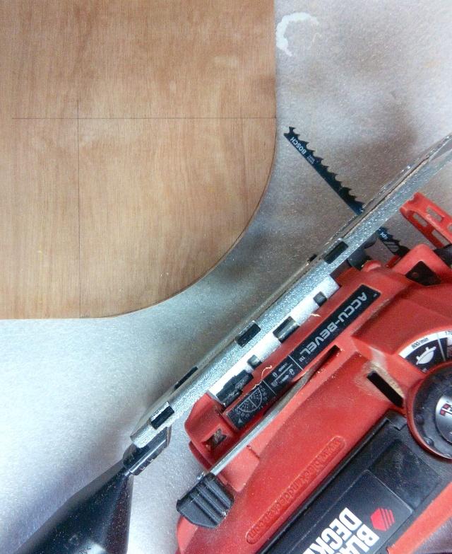 Table basse en bois de récup' Dycoup11