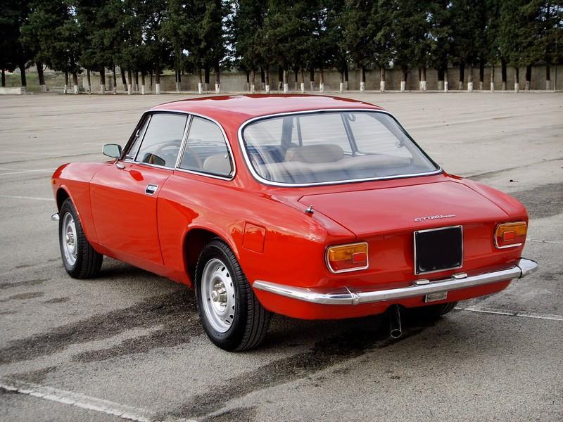 Ste832 vs Alfa Romeo Gt junior 1300 Unificato 68ssm110
