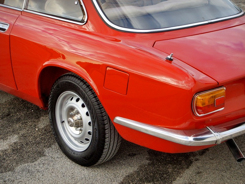 Ste832 vs Alfa Romeo Gt junior 1300 Unificato 74ssm110